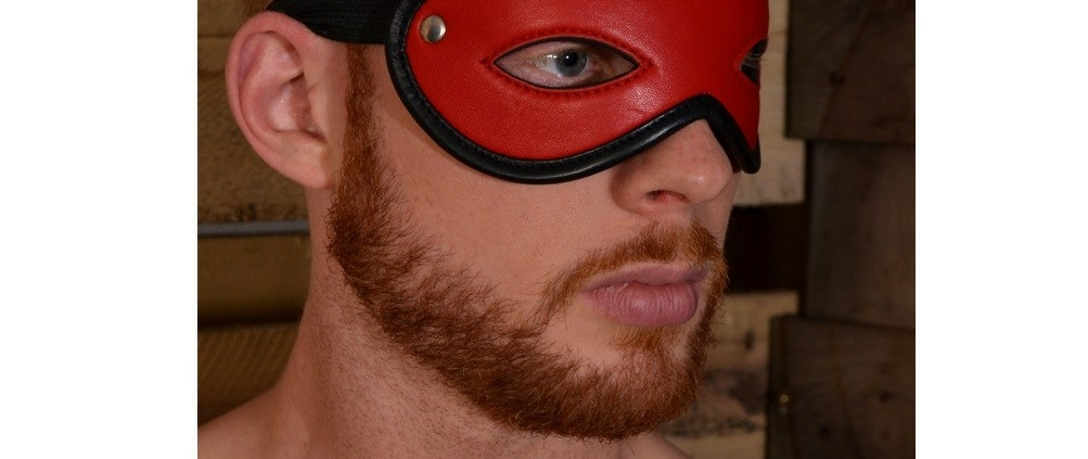 Open Eye Mask Red